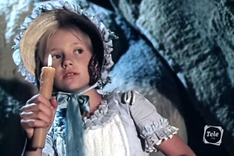 Мария Миронова в роли Бекки Тэтчер. Кадр из фильма «Приключения Тома Сойера и Гекльберри Финна»