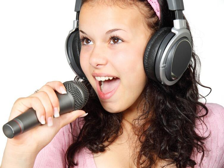 Как начать петь?