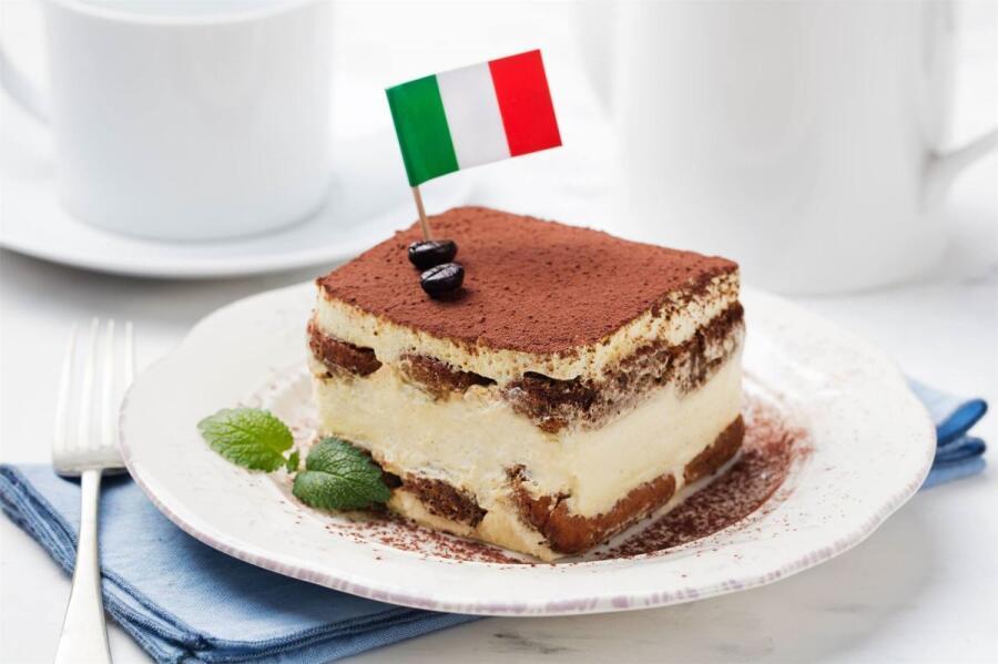 Какой десерт поднимает настроение? Немного о настоящем тирамису