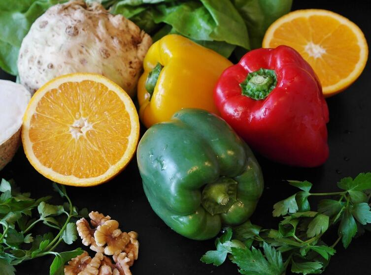 Народная мифология о вредной и здоровой пище: а надо ли есть всё?