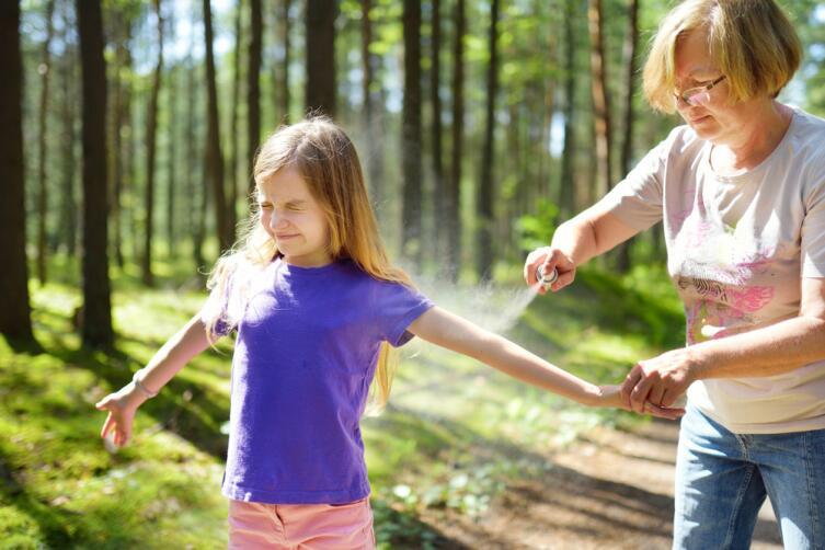 Как защитить детей от насекомых?