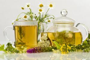 Заваривать чай можно практически из любых листьев и цветов