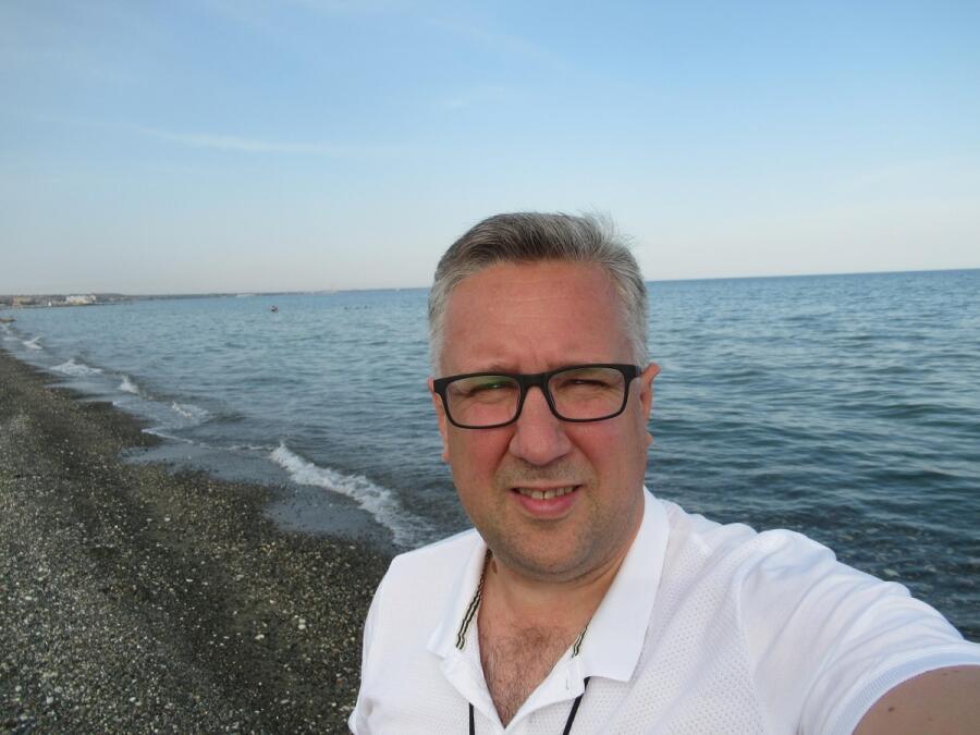 Я и Средиземное море, возле Протараса