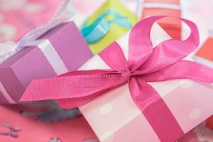 Как дарить подарки в деловом мире?