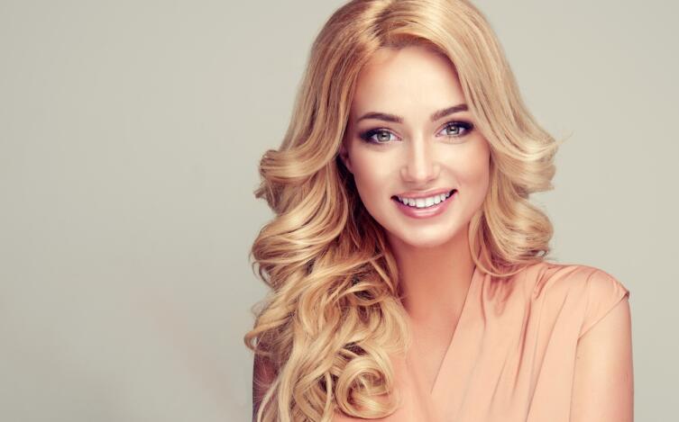 Можно ли изменить жизнь, перекрасив волосы?