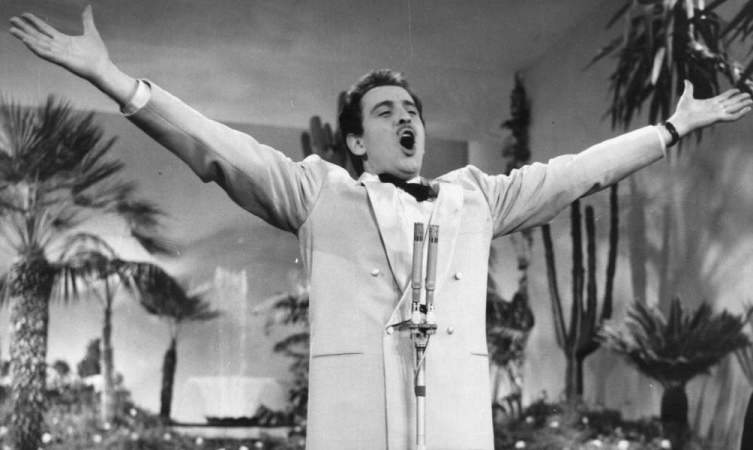Хиты 1950-х. Какова история песен «Historia de un amor» и «Volare»?
