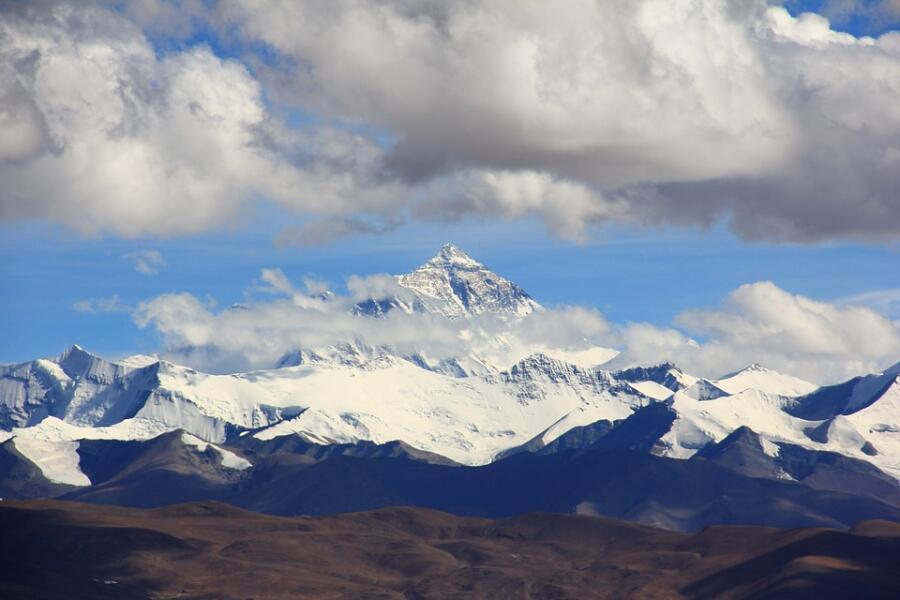 Эверест. Как открывали и покоряли самую высокую точку мира?