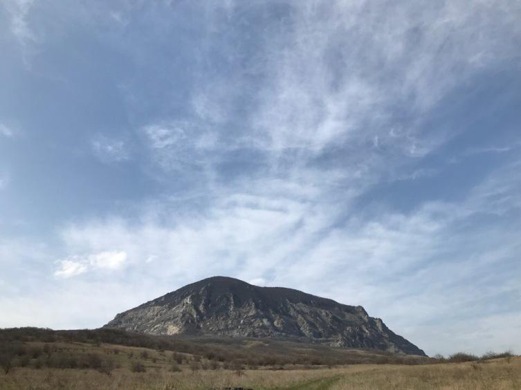 Природа Ставрополья. Почему гора Змейка носит такое название?