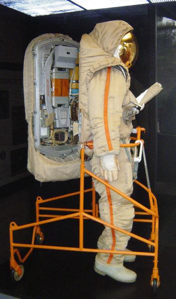Советский скафандр «Кречет» для выхода на поверхность Луны