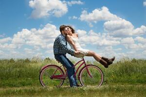 Существует ли романтическая любовь?