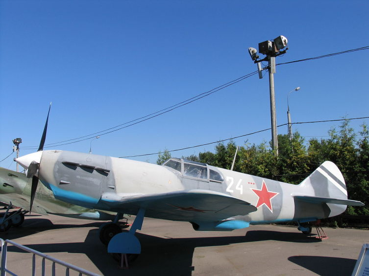 Самолет ЛаГГ-3