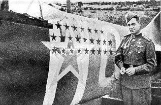 Маэстро Попков у своего многозвездного самолета