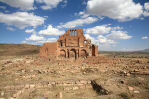 Армения: история с географией. Пройдемся?