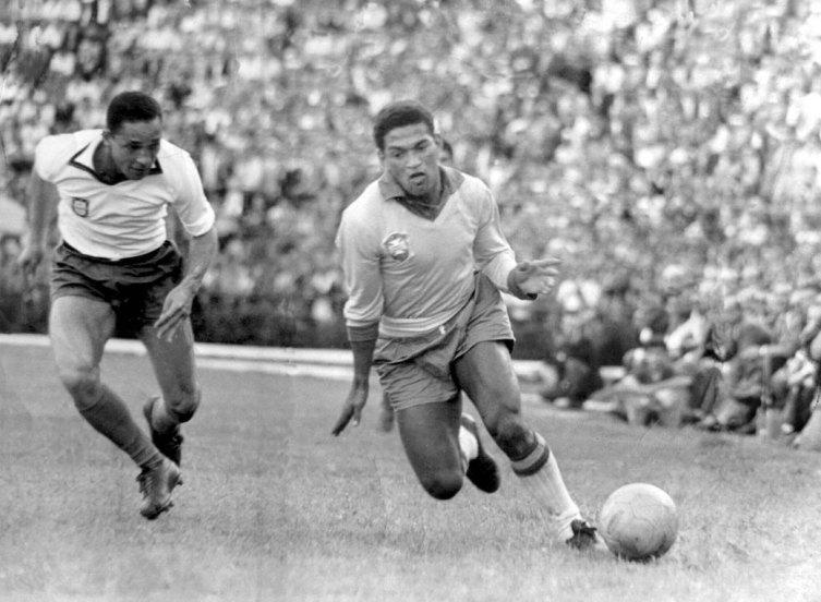 Кто это – «Великий хромой» мирового футбола? Бразилец Гарринча