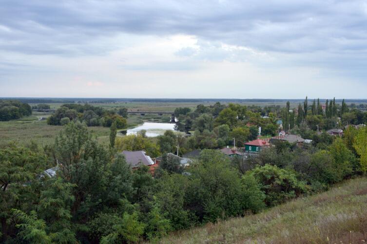 Вид города Бобров