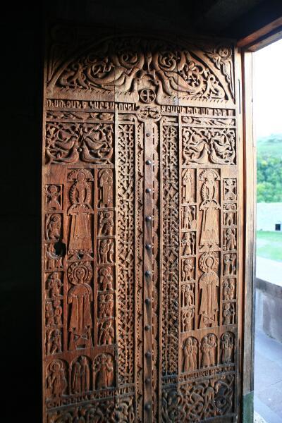 Резные двери сурб Астрвацацин, Татев