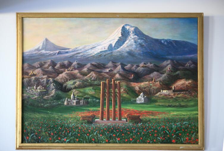 Картина на стене в «Вазгении»