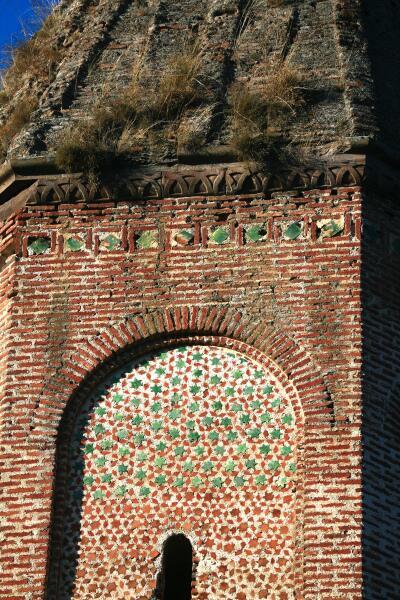 Кирпичная кладка стены Киранца