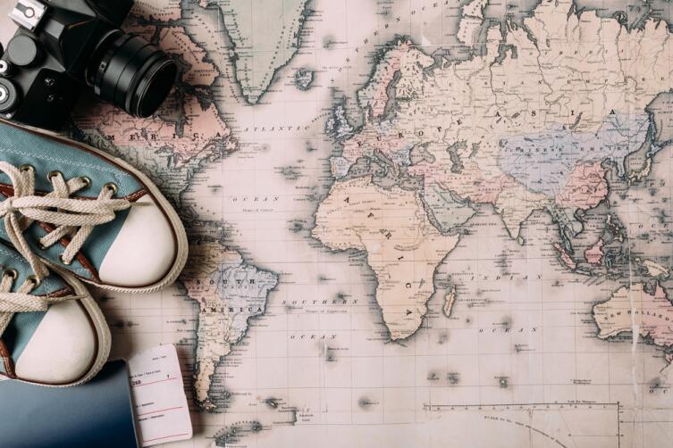 Впервые за границу. С чего начать? Оформление загранпаспорта и сбор информации