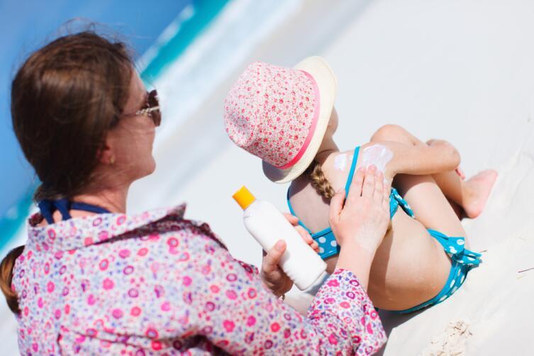 Какие травмы подстерегают детишек летом?