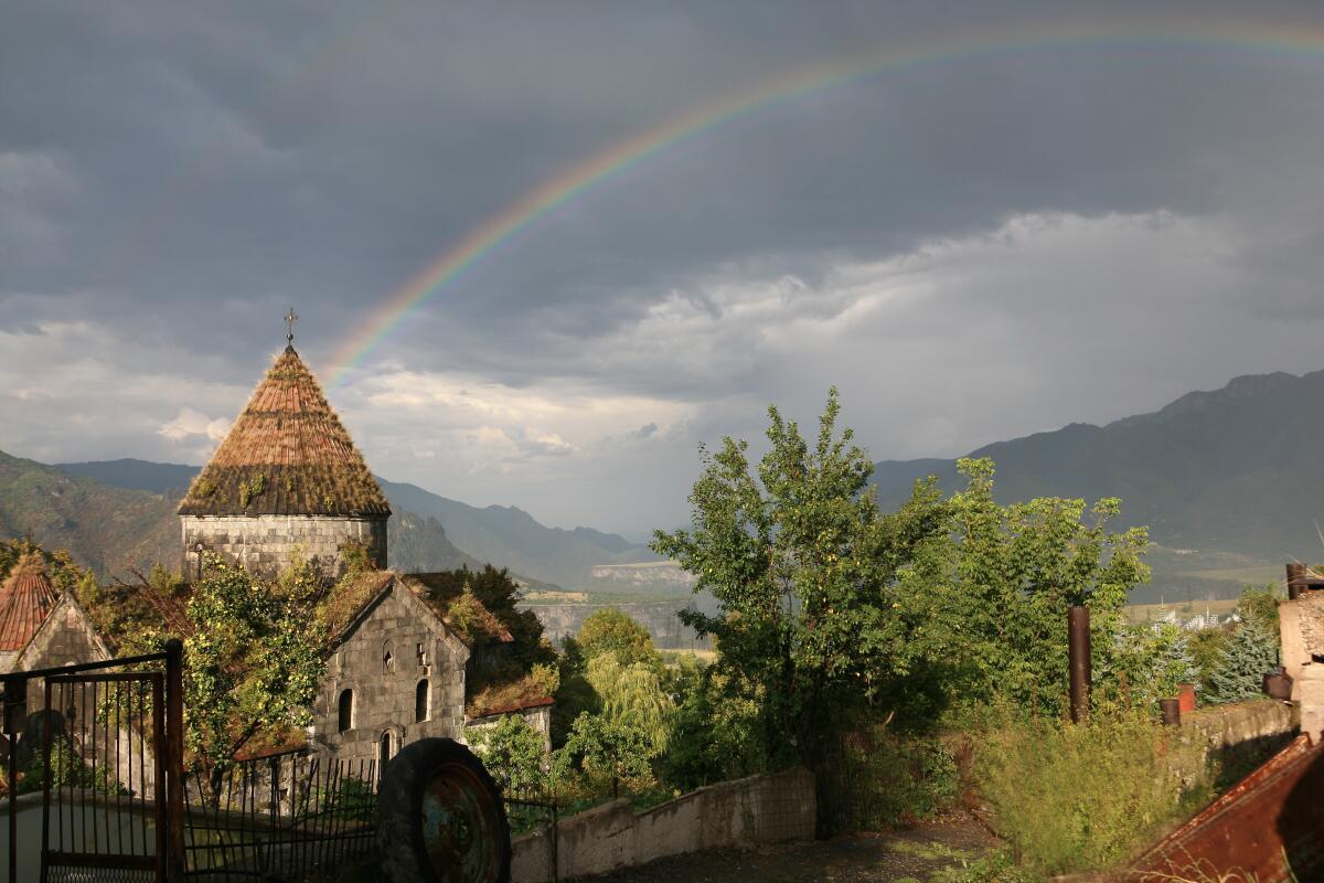 Проедемся по Армении? Монастыри Лори: Ахпат, Санаин и другие