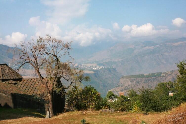 Пейзаж в окрестностях Ахпата