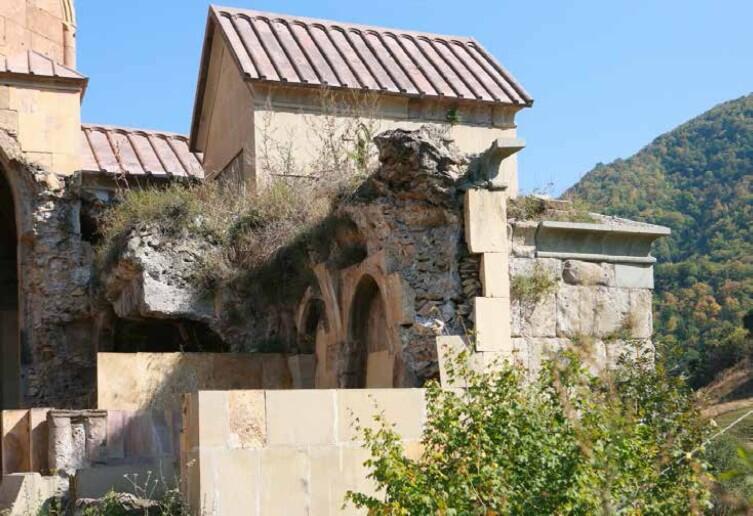 Развалины монастыря Хневанк