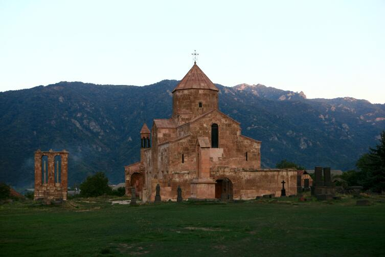Монастырь Одзун