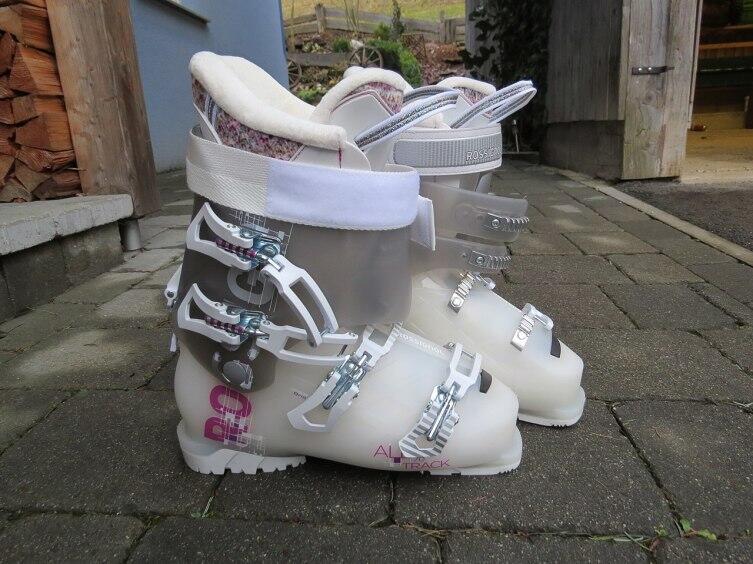 Лыжные ботинки «Россиньоль»
