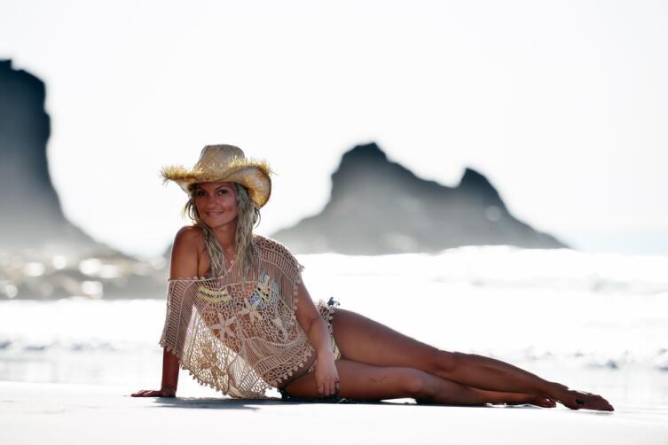 Легкие пляжные платья и от солнца защитят, и погрешности фигуры скроют