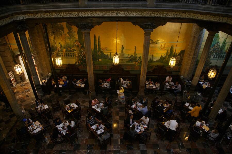 Ресторан в Мехико, 2016 г.