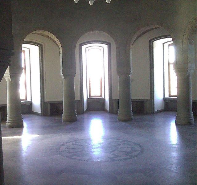 Зал Грааля в замке Вевельсбурга, где Гиммлер планировал устроить центр нацистской «новой религии