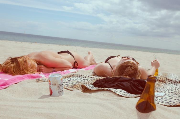 Если планируется пляжный отдых, то много вещей не потребуется