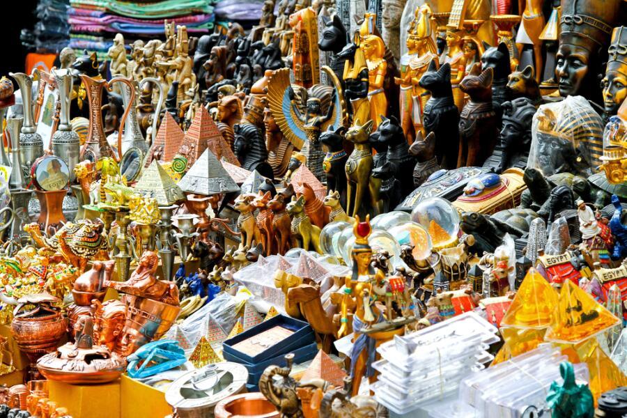 Легенды и мифы о современном Египте. Все ли египетские сувениры одинаково полезны?
