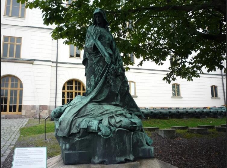 Памятник шведам погибшим в Полтавской битве, Военный Музей Швеции, Стокгольм,