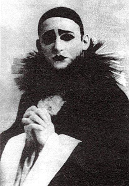 Александр Вертинский в образе Пьеро