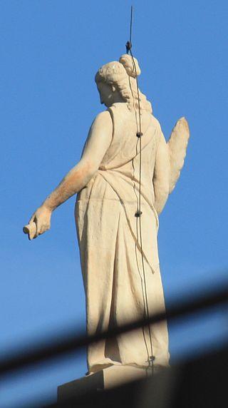 Молниеотвод на памятнике