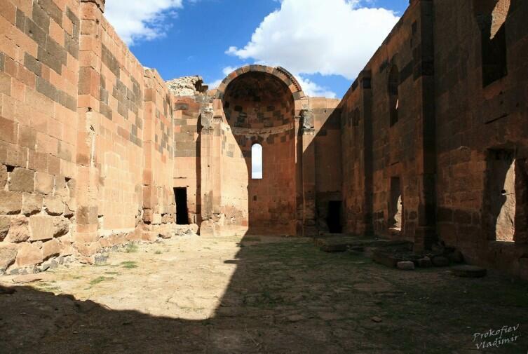 Ереруйкская базилика