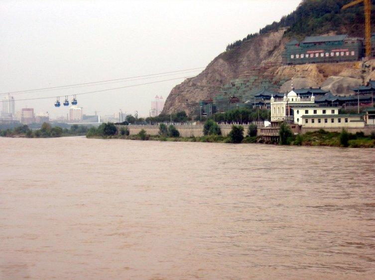 Хуанхэ в среднем течении, город Ланьчжоу