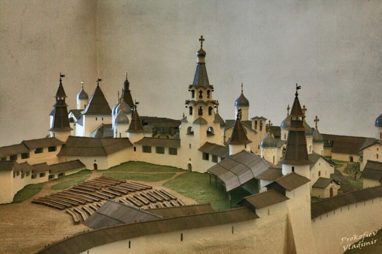 Музей Кремля, макет исторического Крома (вид XVI—XVII в.)