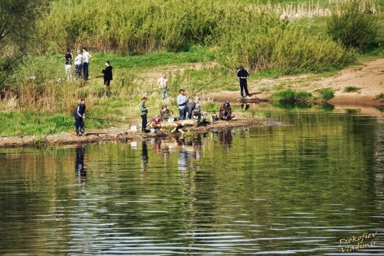 Рыбаки на р. Великой