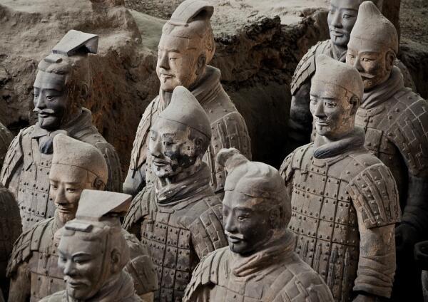 Кто такой Цинь Ши Хуан-ди и зачем ему «Терракотовая армия»?