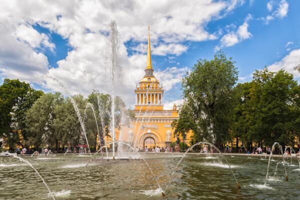 Как Андреян Захаров превратил Адмиралтейство в архитектурный шедевр Санкт-Петербурга?