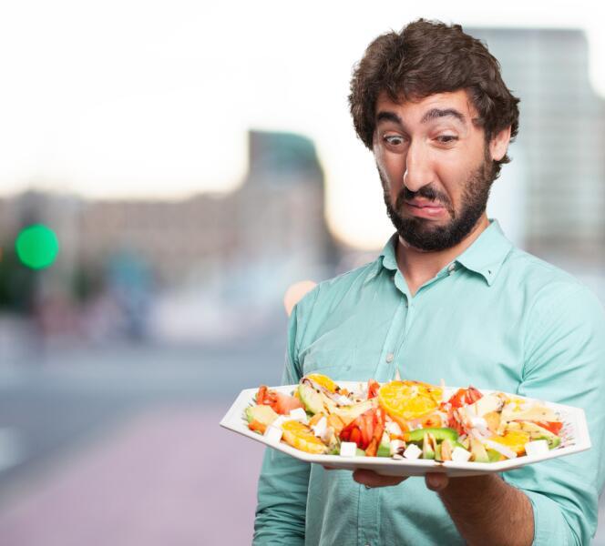 Чем питаться после отравления? Первая помощь