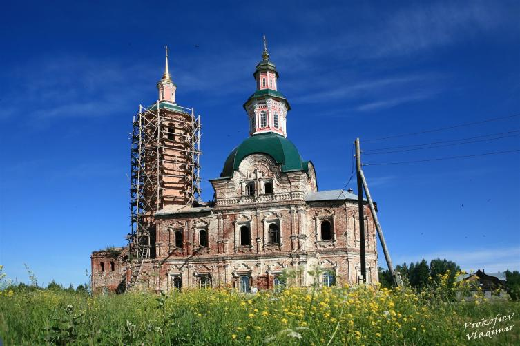 Спасская церковь, с. Вяз, Кировская область (снято пару лет назад)