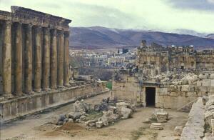 Кто помогал древним строителям возводить огромные сооружения?