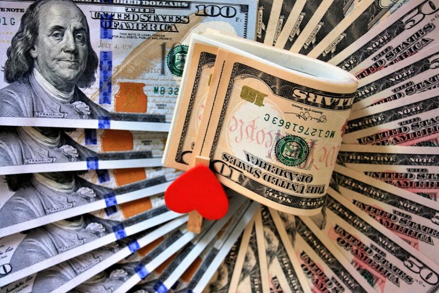 Как с помощью мнемотехники запомнить лексику «Деньги» на английском?