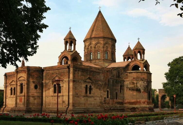 Главный собор Эчмиадзина