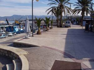 Как отдыхается в городе Полис на Кипре? Омолодись, личико!