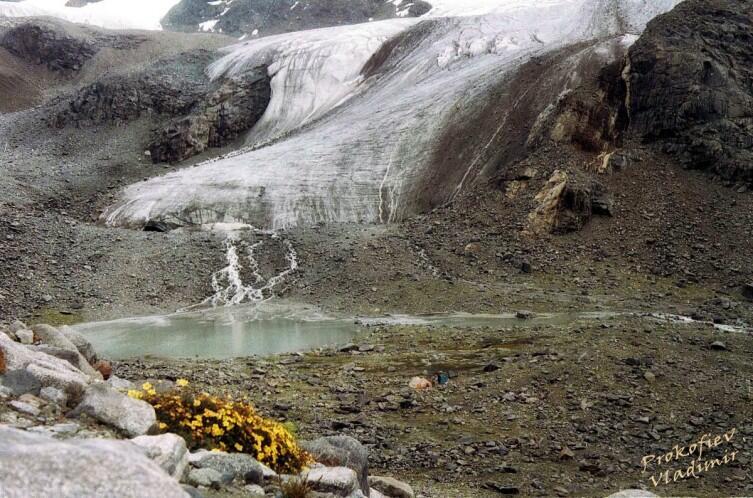 Язык ледника на Центральном Тянь-Шане